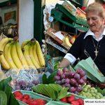 agios nikolaos local market trader