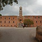 akrotiri monasterys