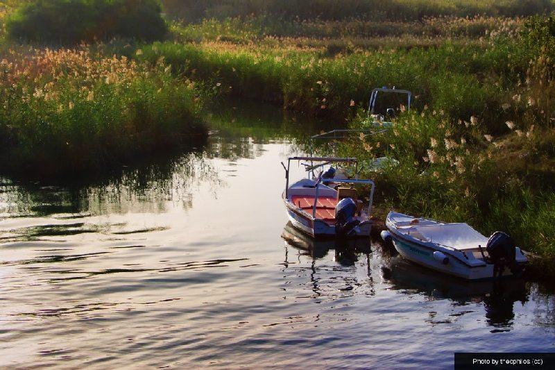 boats-on-the-georgioupolis-river